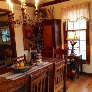 My kind of primitive dining room. | Primitive Dining Rooms | Pinterest