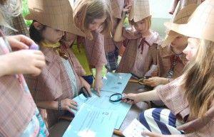 Detektiv und Diebe Spiel für den Kindergeburtstag. Noch mehr Ideen gibt es auf www.Spaaz.de