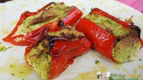 Peperoni ripieni vegetariani Bimby 3.4 (68%) 5 votes I peperoni ripieni sono classicamente farciti con la carne. Questa ricetta invece prevede un ripieno vegetariano, fatto di zucchine e ricotta. Peperoni ripieni vegetariani Bimby, foto e ricetta di Cinzia F. Stampa Peperoni ripieni vegetariani Bimby Buoni sia caldi che freddi Ingredienti 40 gr scalogno 2 spicchi …
