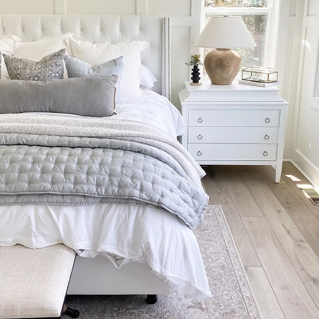 Neutral Casual White Master Bedroom, White Master Bedroom Furniture