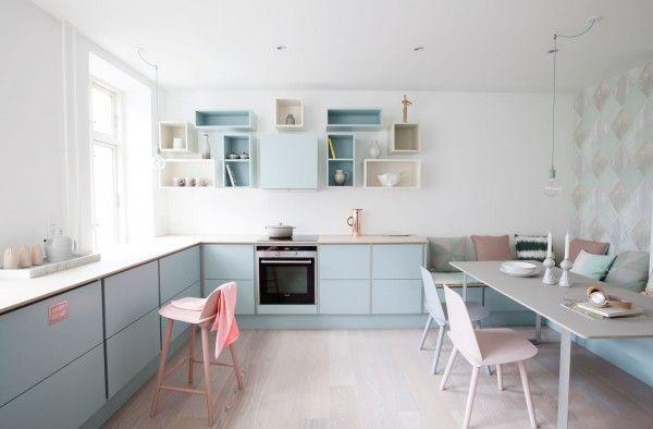 Pastelfarvet køkken