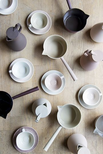 Ceramic artist and designerKirstie van Noortis passionate about doing material based research, and discovering new methods