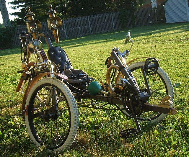 A most excellent steampunk recumbent trike from Jake von Slatt over at steampunk workshop.