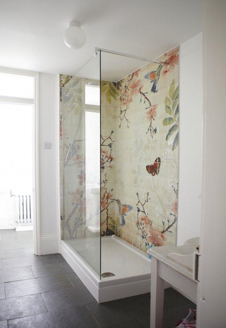 Trend Alert: 5 Baths with Floral-Patterned Tile