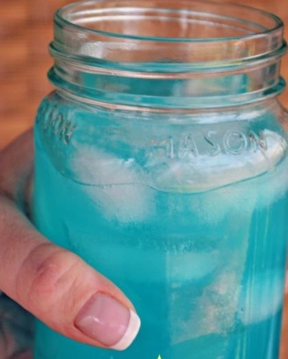 Wildcat Punch for game day!! Just 2 Ingredients and tastes like a jolly rancher! Mix one part blue Hawaiian Punch and one part country time yellow lemonade. Add a few drops of blue food coloring to get that Wildcat Blue and That's it!