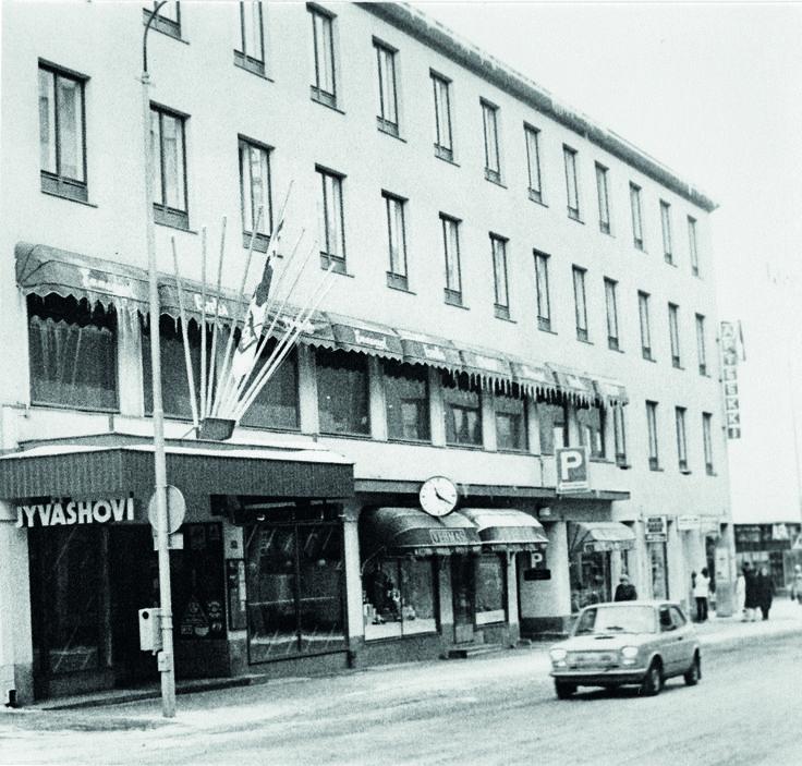 Jyväshovin liiketoiminta siirtyi Keskimaa-vetoiseksi 1978.