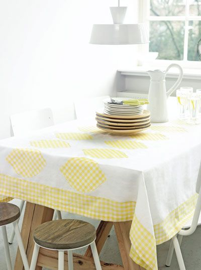 Idea yellow-white tablecloth