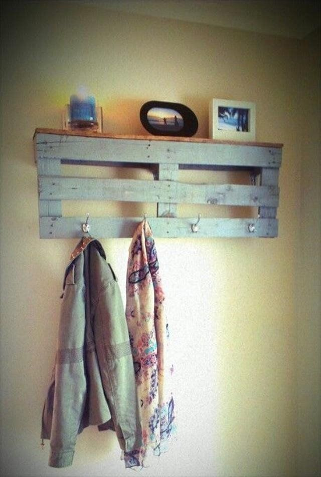 DIY Reclaimed Wood Pallet Coat Rack with Shelf | 99 Pallets