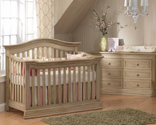 Baby Caché Montana Very Pretty Finish On This Solid Wood Crib Gender Neutral