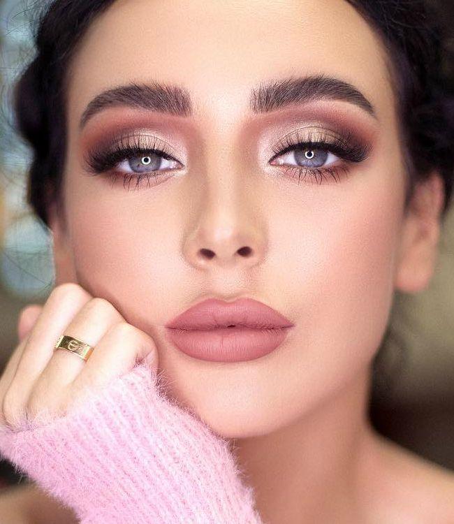 مكياج عروس باللون الوردي مجلة سيدتي اللون الوردي من أبرز ألوان المكياج الرائجة في 2020 للنعومة التي يعطيها هذا ا Bridal Makeup Looks Nose Ring Bridal Makeup