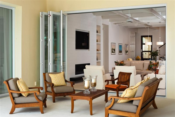 La Cantina Bi-Fold Via Bella Residence