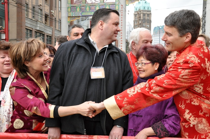 Photos: Politicians flock to Chinese New Year Parade in Vancouver