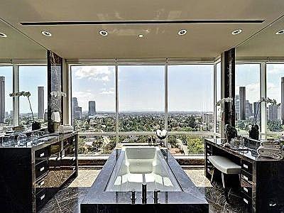bathe all dayBeverly Hills, Bathroom Bliss, Dreams Bathroom, Pacific Ocean, Beautiful Bathroom, Los Angeles, Amazing Bathroom, View, Los Angels