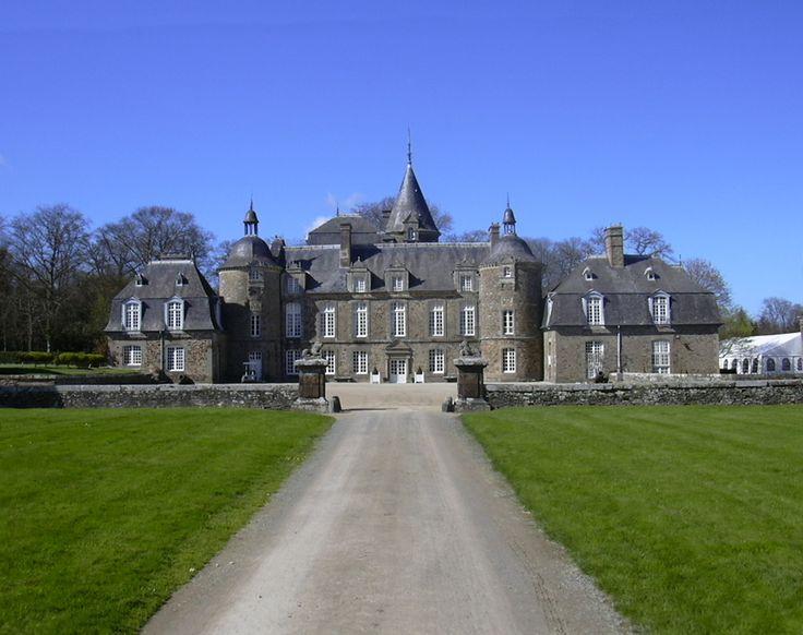 Pleugeuneug. Château de la Bourbansais, Bretagne, Brittany - http://www.nhu.bzh/gallery/les-chateaux/