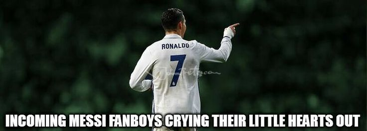 https://es.johnnybet.com/pronostico-mexico-vs-rusia#picture?id=10106 #ronaldo #messi #fanboys #football #sportmemes
