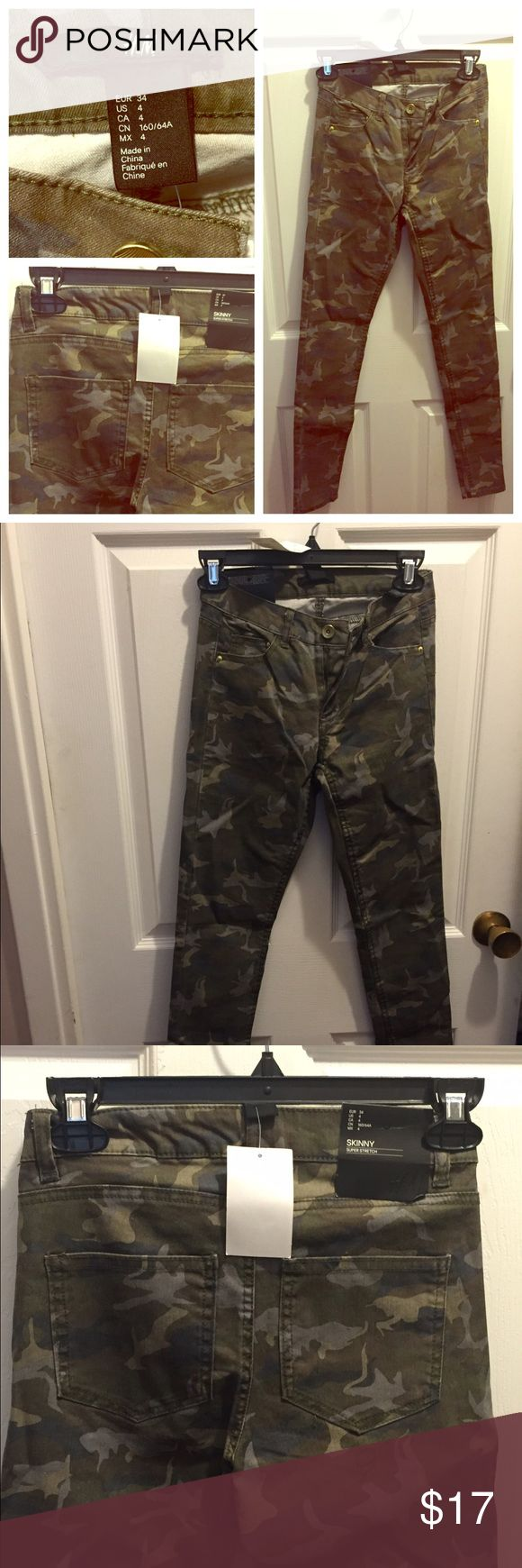 New with Tags...H&M Camo Skinny Pants Size 4! VERY trendy new with tags skinny super stretch size 4 Camo pants from H&M. H&M Pants Skinny