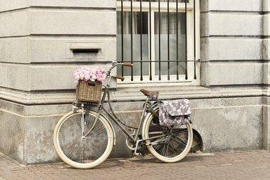 Sakwa rowerowa Basil Elegance Double Bag <small>(Ciemno-Szara)</small>