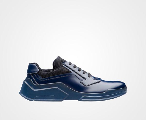 Prada Striées Sole Chaussures De Sport - Bleu kvDLXF