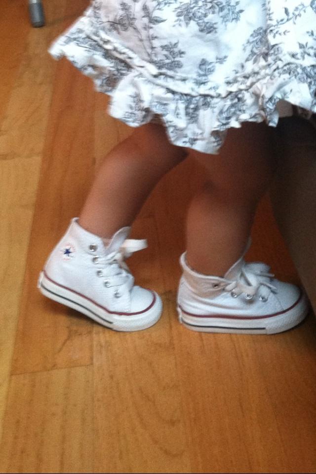 Baby converse :) sooo stinkin cute!