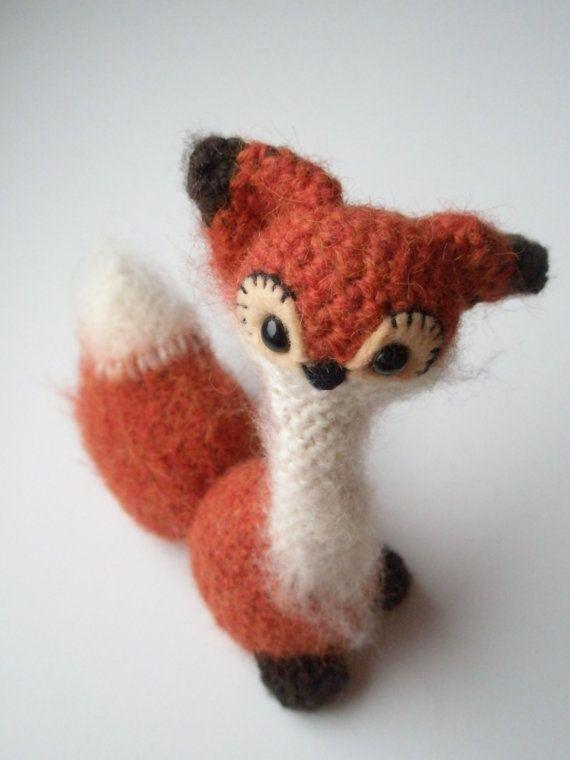 Tiny red woodland fox by yauca on Etsy, $18.00