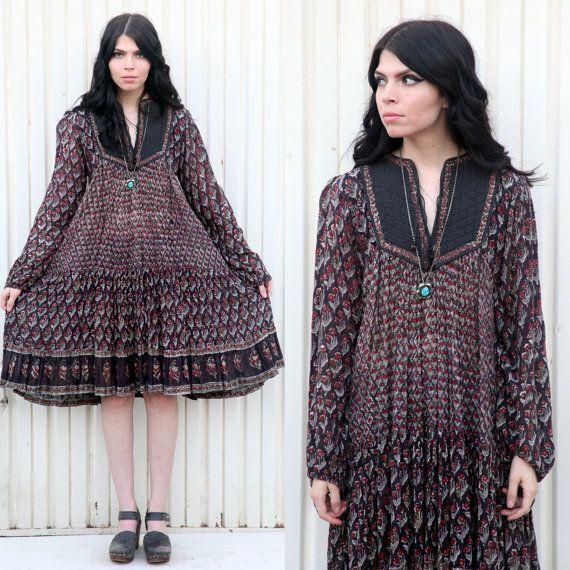 Vintage 1970's Indian Cotton Gauze Midi Dress by ShopTheCreatures