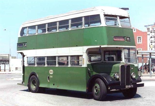 Old Lisbon bus