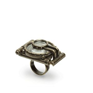 Capt. Jules' Extraordinary Telescope Ring