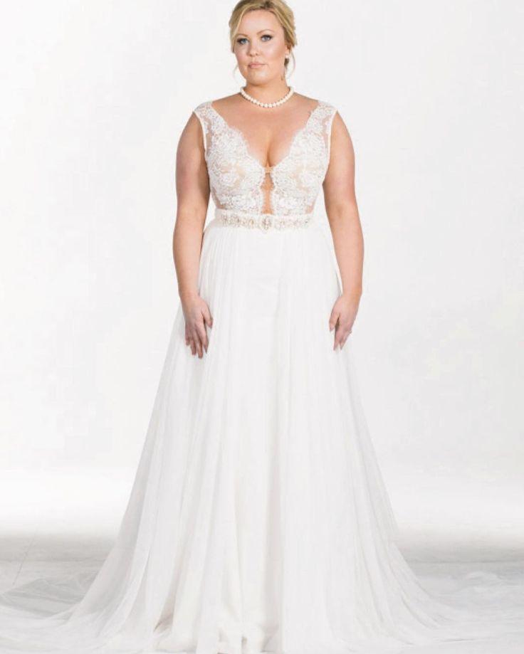 ✨A S H L Y N✨ from the Elena Collection by Olia Zavozina combines the Ash bodice, Jae skirt, Viola overlay and Elena belt. Result? Devine perfection. �� Embrace your beauty... wear #OliaZavozina. www.oliazavozina.com (Link in Bio)  Model: @bayutsy  HMU: @anamoniquebeauty  Photo: @andrewmorton  #dreamwedding #bridaldress #bridalgown #weddingdress #Nordstrom #weddinggown #Nashville #engaged #southernbride #bride #wedding #weddingday #weddingideas #weddingstyle #stylemepretty #instawedding…