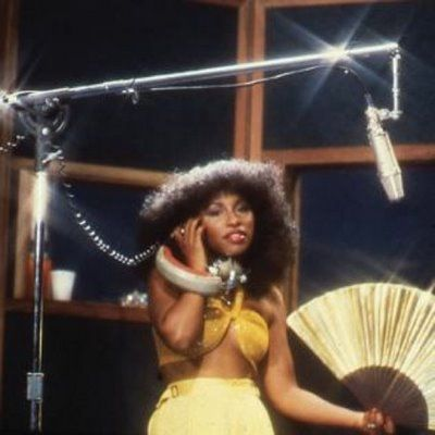 Loving vintage Chaka Khan. Big hair, midriff, so 70's!