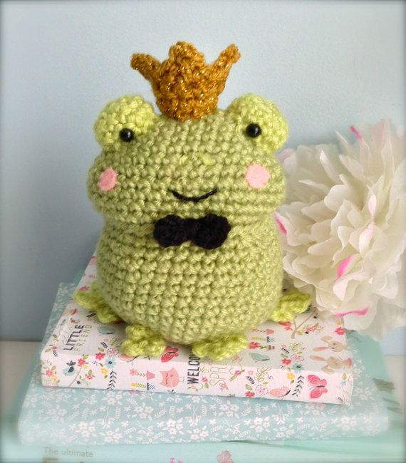 This listing is for my original crochet amigurumi Frog Pattern. The pattern is mostly single crochet stitches worked in a spiral and super easy to