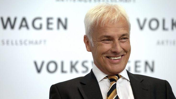 O grupo VW, que tinha confidenciado ao jornal alemão Bild am Sonntag ter vendido cerca de 10,7 milhões de veículos em 2017, anunciou agora os resultados: 10,74 milhões de unidades, uma subida de 4,3%. http://observador.pt/2018/01/18/volkswagen-confirma-recorde-de-vendas-em-2017-1074-milhoes/
