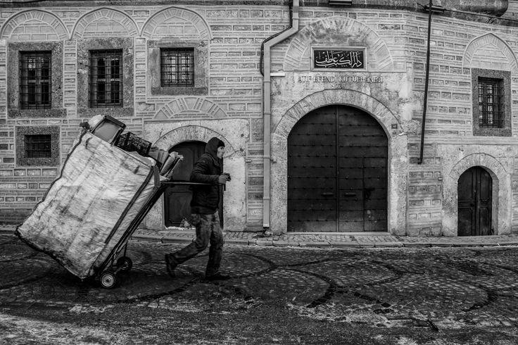 Trash man by Masis Usenmez on 500px