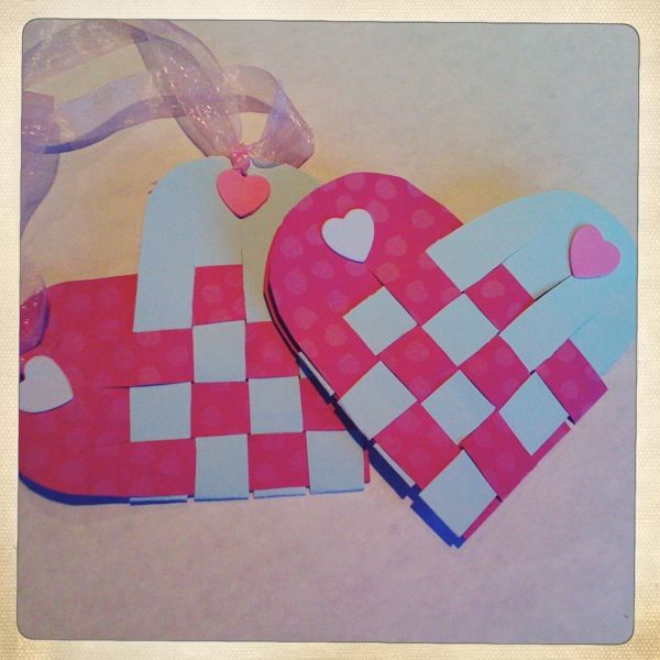 Easy+Valentine+Crafts | Two EASY Valentine's Day Crafts… | Love Paper Paint
