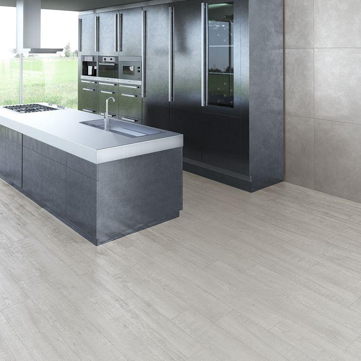 Wil je graag je parket doortrekken naar je keuken? Omdat dit keramische tegels zijn, kan het perfect. De tegels zijn namelijk volledig vlekvrij.