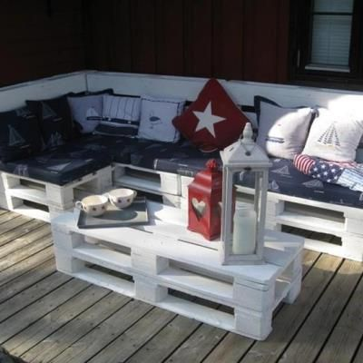 Awesome ways of turning pallets into unique pieces of furniture ...
