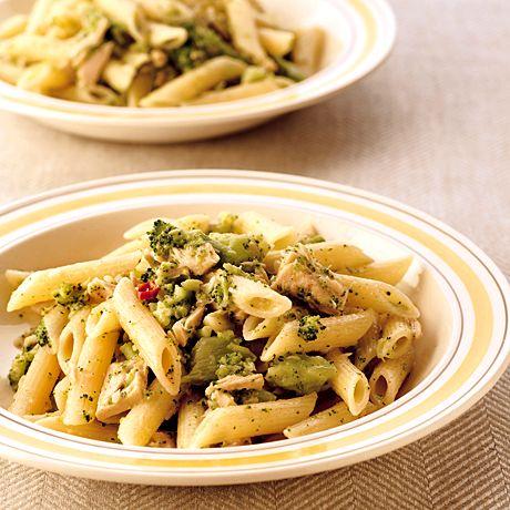 レタスクラブの簡単料理レシピ お弁当にしてもおいしいパスタ「ブロッコリーとツナのペンネ」のレシピです。