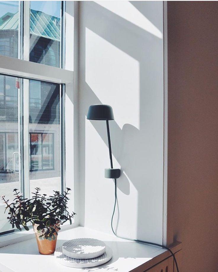 @SoudaBrooklyn / @muutodesign: Sunshine, showroom and new lamp: LEAN by @claessonkoivistorune - photo by @nina_bruun #scandinaviandesign #muuto #muutodesign #muutonews #leanlamp #claessonkoivistorune #newperspective #copenhagen #showroom Like what...