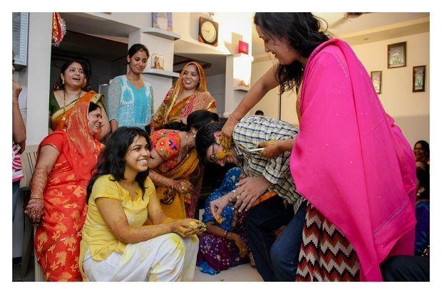 Haldi ceremony Sandeep Gadhvi Candid Wedding Photography Baroda WeddingsOnline India