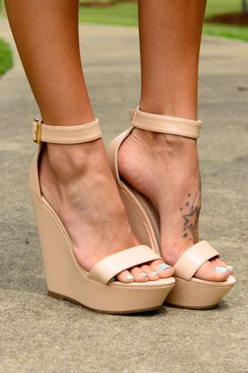 In addition to the Bianca Convertible Bow Dress (for a more formal round):These chic nude wedges are not messing around!