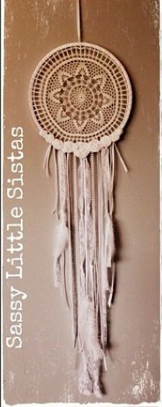 How gorgeous are these dream catchers I found at Sassy Little Sistas on Facebook. In love! https://www.facebook.com/sassylittlesistas