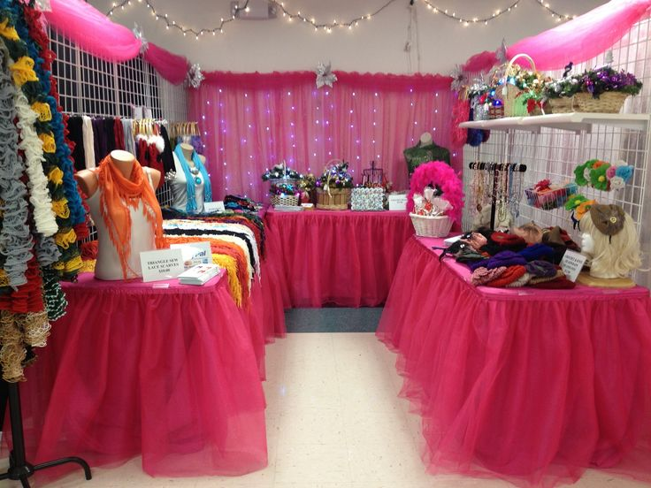 My Hot Pink Christmas Craft Show Booth Craft Shows