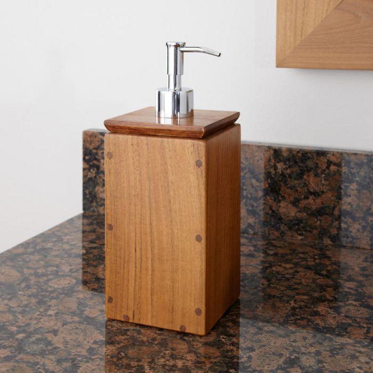 Lengkapi tampilan kamar mandi anda dengan tampilan rustic dan natural, inspirasikan dengan Sabun Dispenser Jati. Tutup wadah yang mudah dibuka memudahkan pengisian ulang sabun di dalamnya. Sabun cair yang mudah di keluarkan dengan botol pump-action.