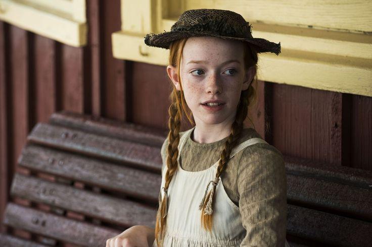 'Anne with an E' Season 1 (2017) - HarpersBAZAAR.com