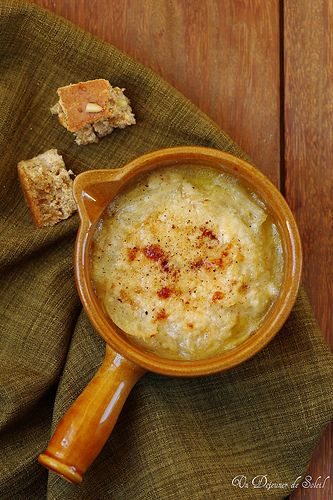 Carabaccia: Tuscan onion soup