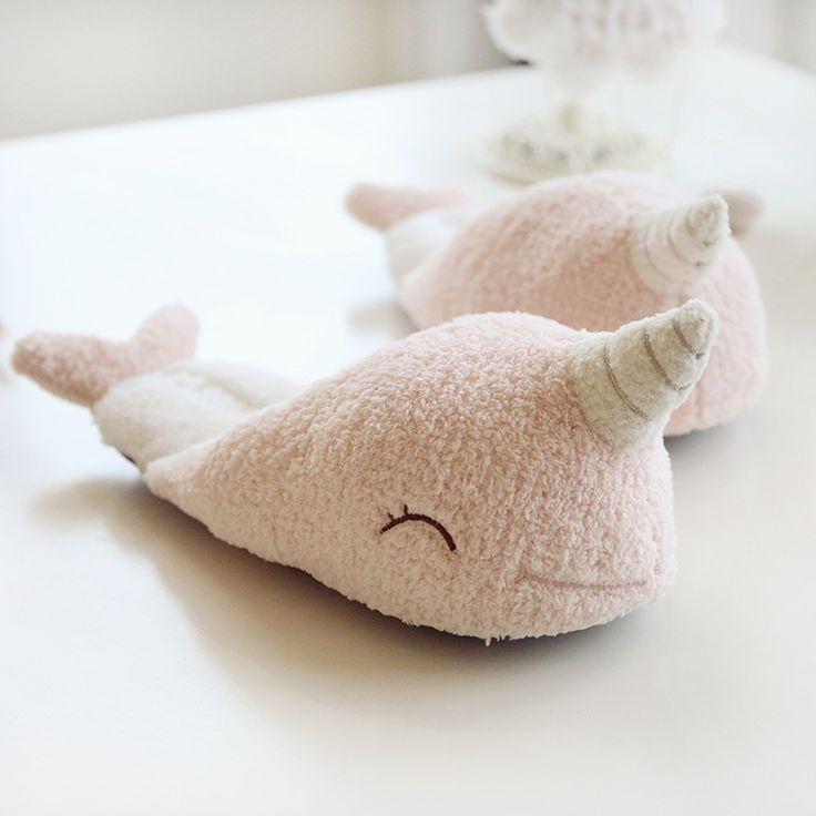 Goedkope Leuke Eenhoorn Slippers vrouwen Huis Schoenen Voor Indoor Slaapkamer Slippers Zachte Bodem Comfortabele Schoenen Volwassen Flats Kerstcadeau, koop Kwaliteit slippers rechtstreeks van Leveranciers van China: