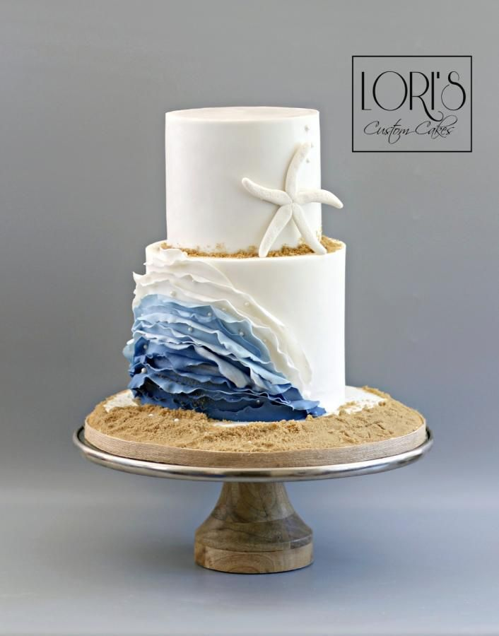 Beach wedding  by Lori Mahoney (Lori's Custom Cakes)  - http://cakesdecor.com/cakes/280477-beach-wedding