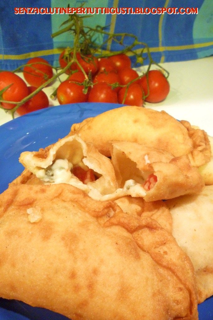 Senza glutine...per tutti i gusti!: Panzerotti fritti pugliesi senza glutine