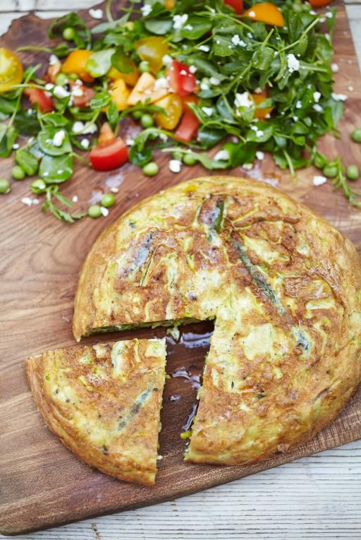 Summer Frittata Recipe | Eggs Recipes | Jamie Oliver Recipes http://www.jamieoliver.com/recipes/eggs-recipes/summer-pisto-frittata/
