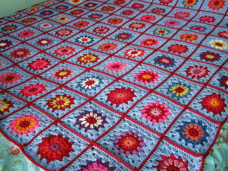 Lavanda la abuela cuadrados ganchillo manta afgana estilo Vintage 60 x 60 Wisteria de Thesunroomuk en Etsy https://www.etsy.com/es/listing/288845675/lavanda-la-abuela-cuadrados-ganchillo