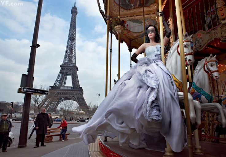 Katy Perry photographed in Paris by Annie Leibovitz. | Photos: Vanity Fair's Most Iconic Photography in 2011 | Vanity Fair